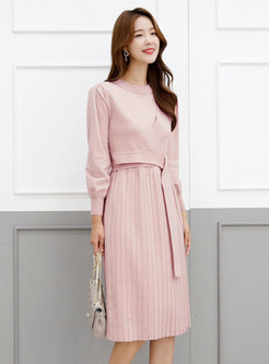 Crew Neck Belted A Line Pleated Knitted Dress