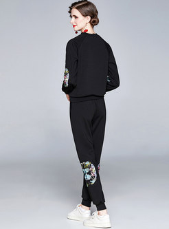 Crew Neck Embroidered Sweatshirt Pant Suits