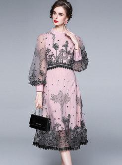 Sweet Lantern Sleeve Embroidered Mesh Midi Dress