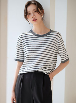 Brief Striped Pullover Knit T-shirt