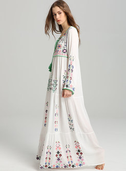Boho Scoop Neck Embroidered Shift Maxi Dress