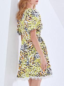 V-neck Puff Sleeve Print Mini Skater Dress