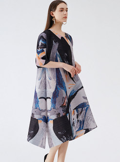 Plus Size Half Sleeve Print Pleated Shift Dress