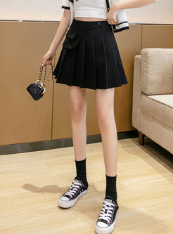 Solid Button Embellished Side Zipped Mini Pleated Skirt