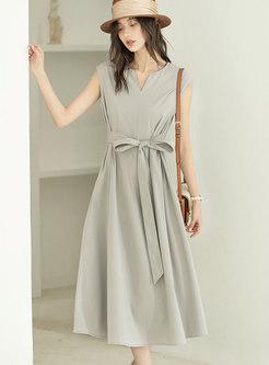 Elegant Solid Sleeveless Wrap Dress
