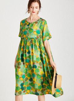 Plus Size Print Shift Smocked Midi Dress