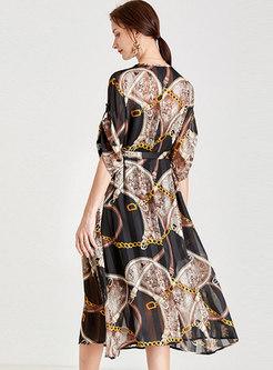 Plus Size V-neck Print Chiffon Shift Dress