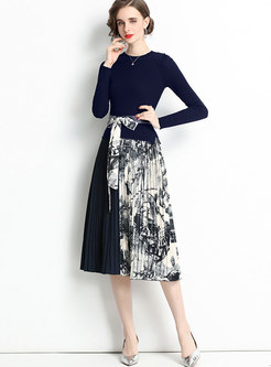Ink Painting Pleated Sweater Dress